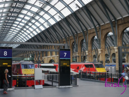 Virgin_trains_east_coast_class_225