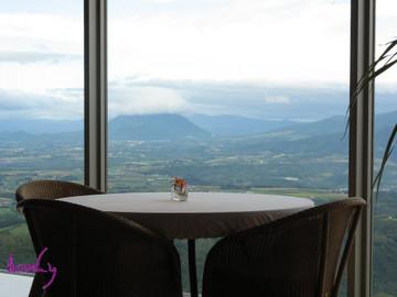 ザ・ウィンザーホテル洞爺からの羊蹄山 2007